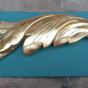 Gilded Acanthus Scroll